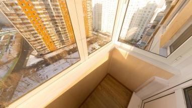 balkon-pvhpaneli