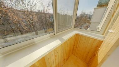 odtelka-balkon-vagonka