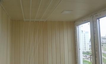 панели пвх на балконе